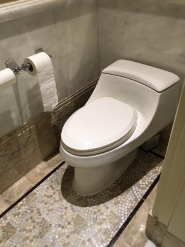 Peace Hotel Toilettes